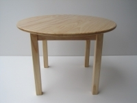 Round pine top table
